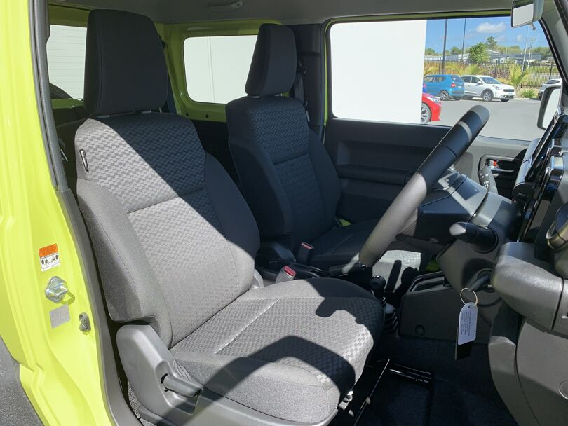 2021 Suzuki Jimny 14