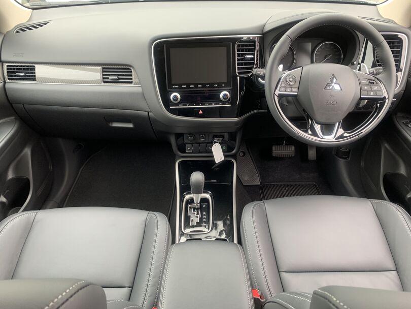 2020 Mitsubishi Outlander 12