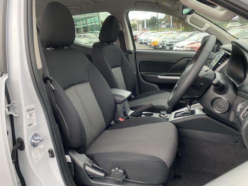 2020 Mitsubishi Triton 15