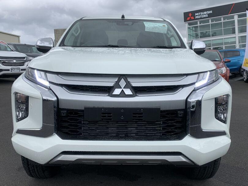 2020 Mitsubishi Triton 2