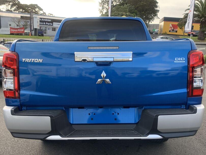 2021 Mitsubishi Triton 3