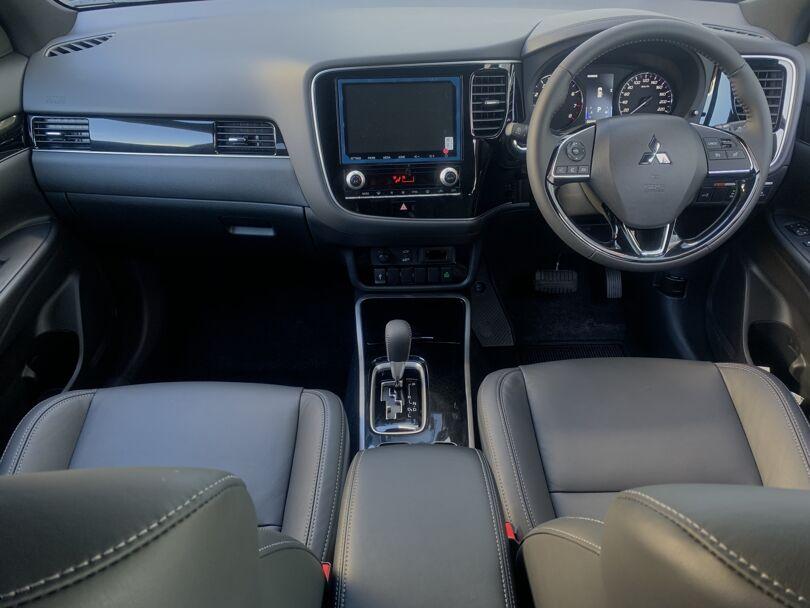 2021 Mitsubishi Outlander 15