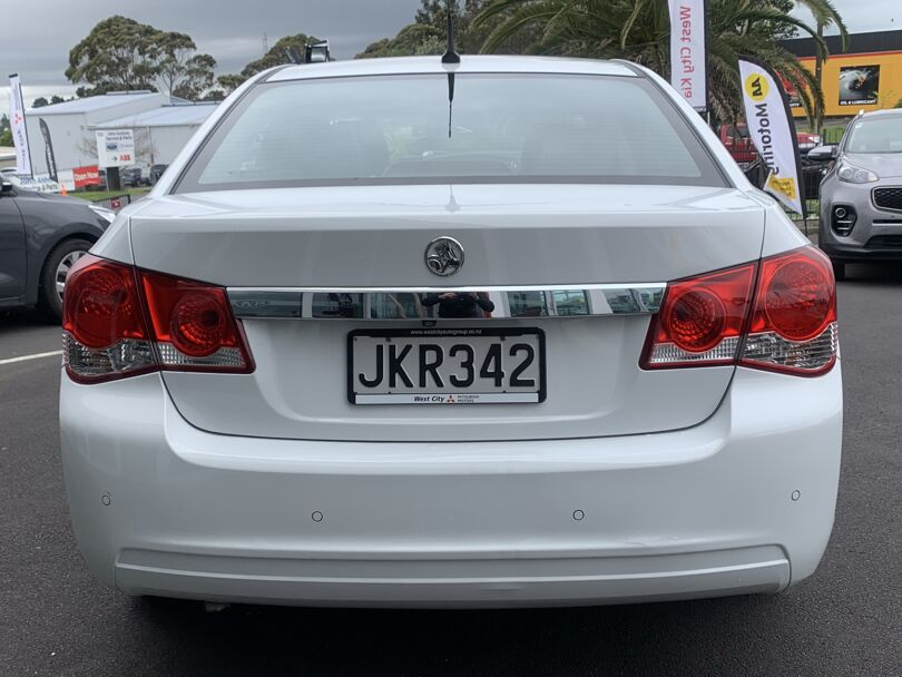 2015 Holden Cruze 3