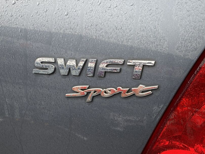 2009 Suzuki Swift 7