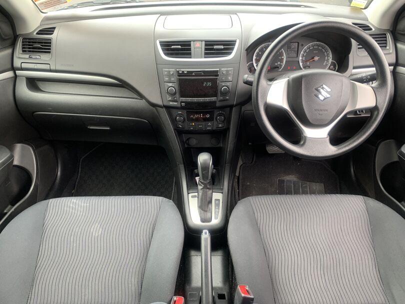 2010 Suzuki Swift 9