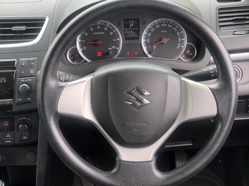 2010 Suzuki Swift 8