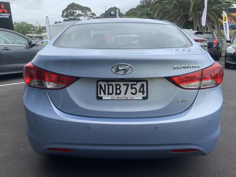 2012 Hyundai Elantra 3
