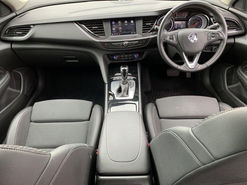 2019 Holden Commodore 13