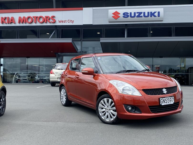 2012 Suzuki Swift 1