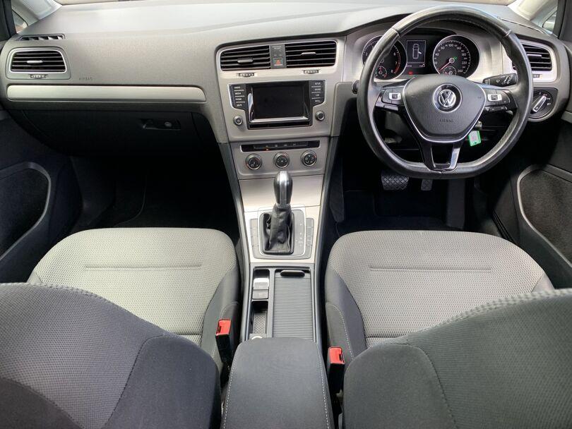 2015 Volkswagen Golf 13
