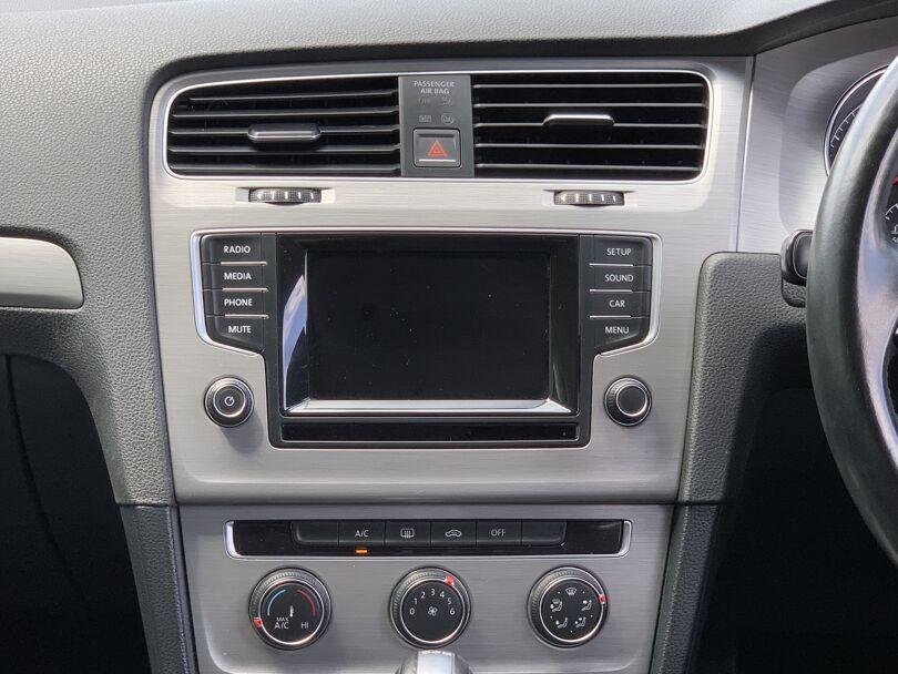 2015 Volkswagen Golf 10