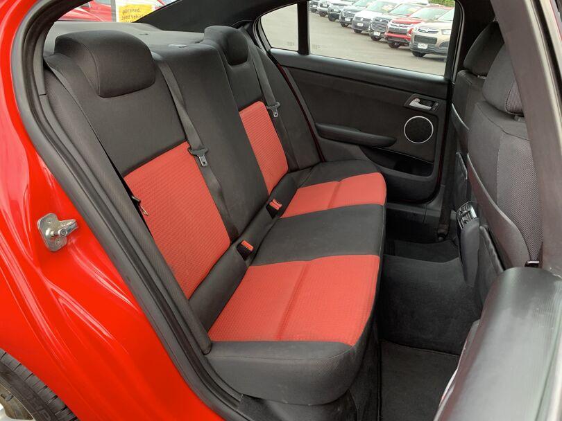 2008 Holden Commodore 12