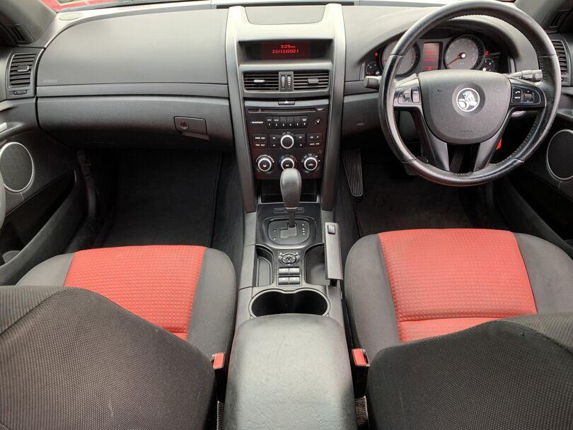 2008 Holden Commodore 10