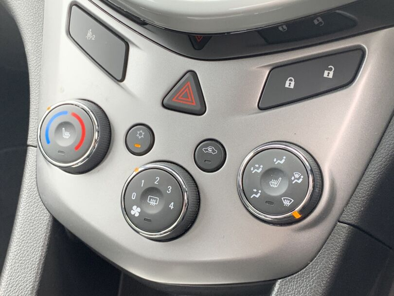 2017 Holden Barina 10
