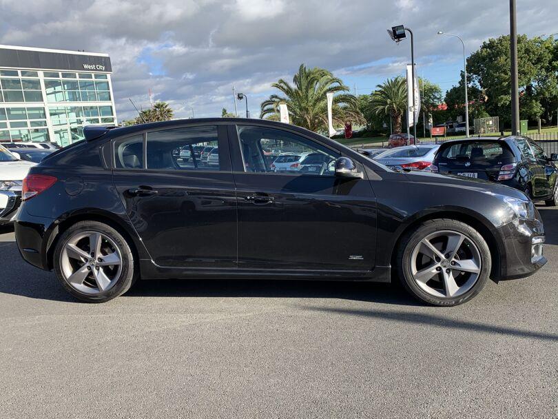 2016 Holden Cruze 6