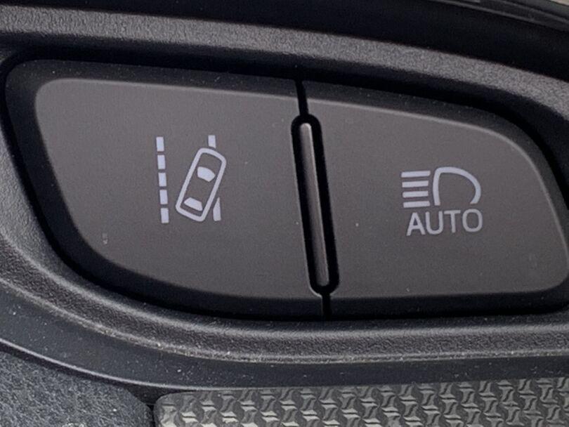 2017 Toyota Yaris 8