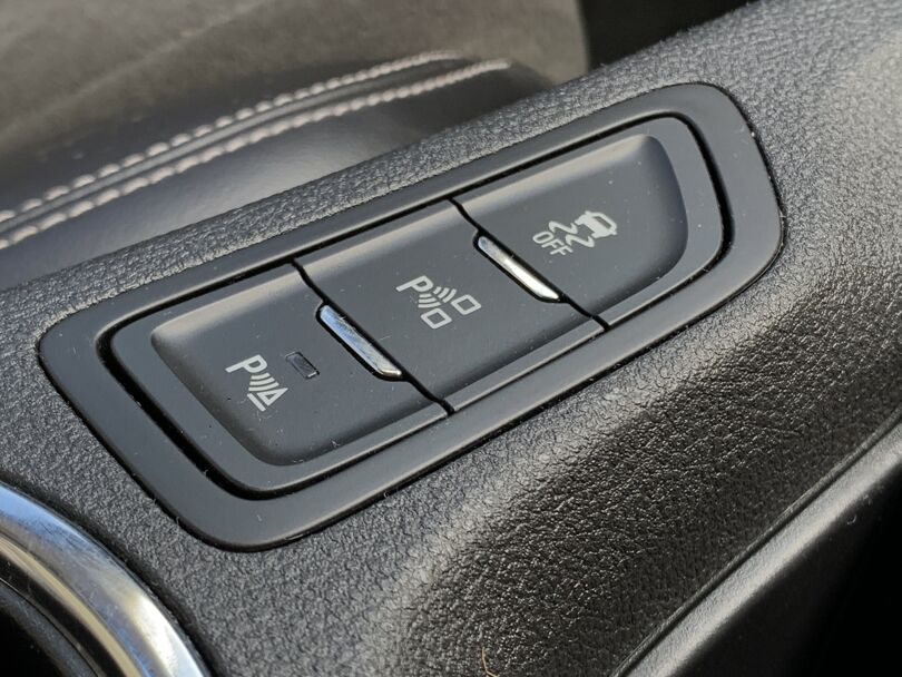 2016 Holden Commodore 14