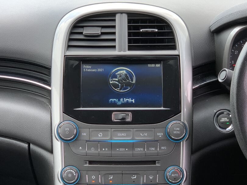 2015 Holden Malibu 6