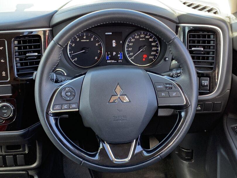 2019 Mitsubishi Outlander 9