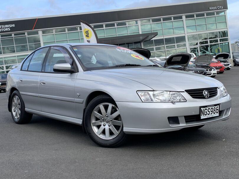 2003 Holden Commodore 1