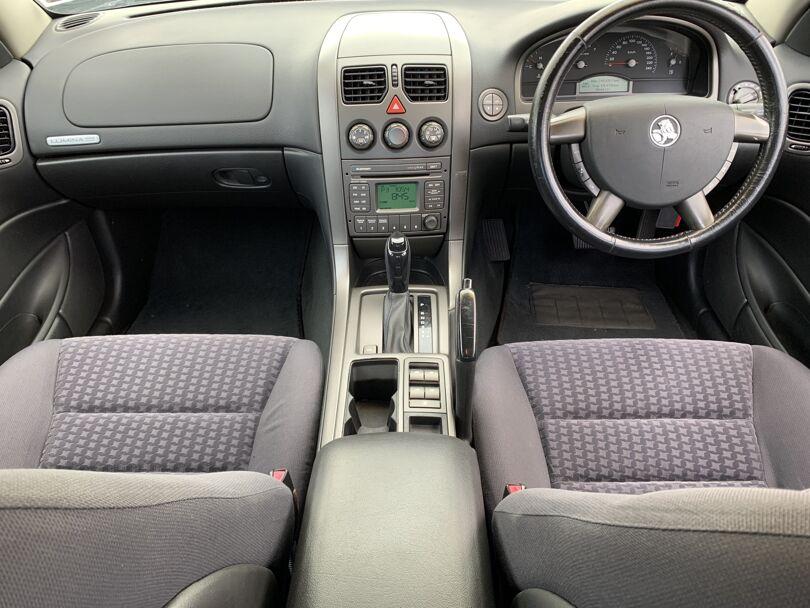 2003 Holden Commodore 7