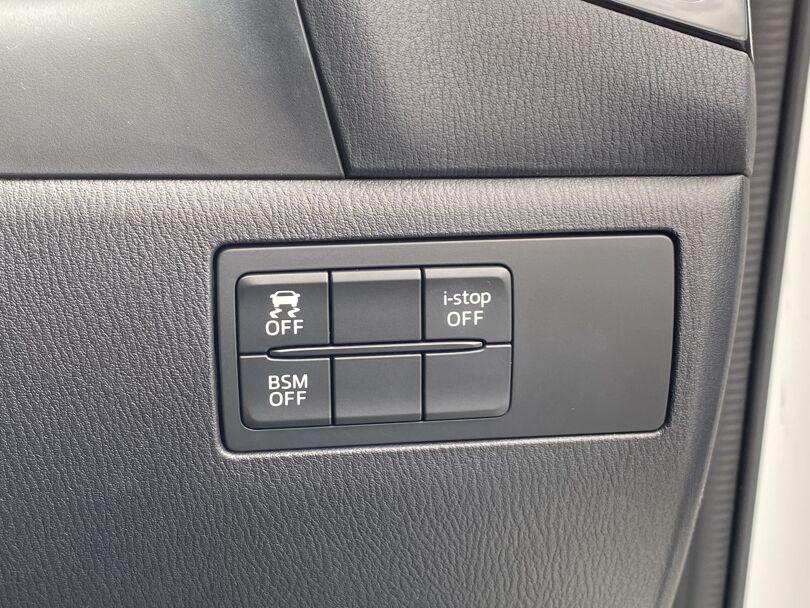 2015 Mazda 3 16