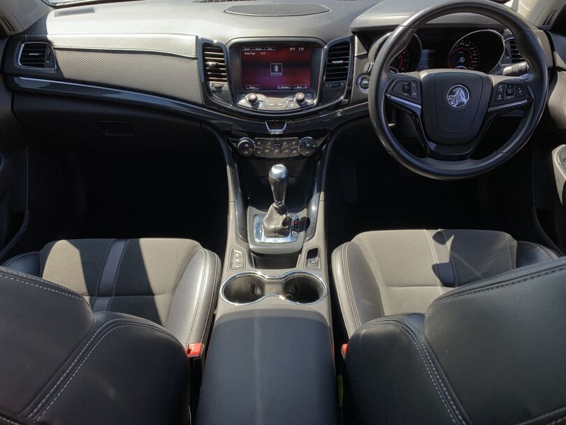 2016 Holden Commodore 11