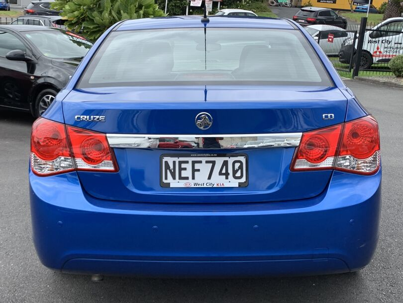 2011 Holden Cruze 3