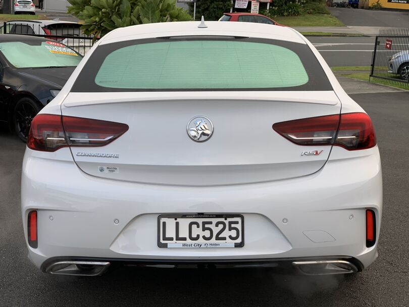 2018 Holden Commodore 3