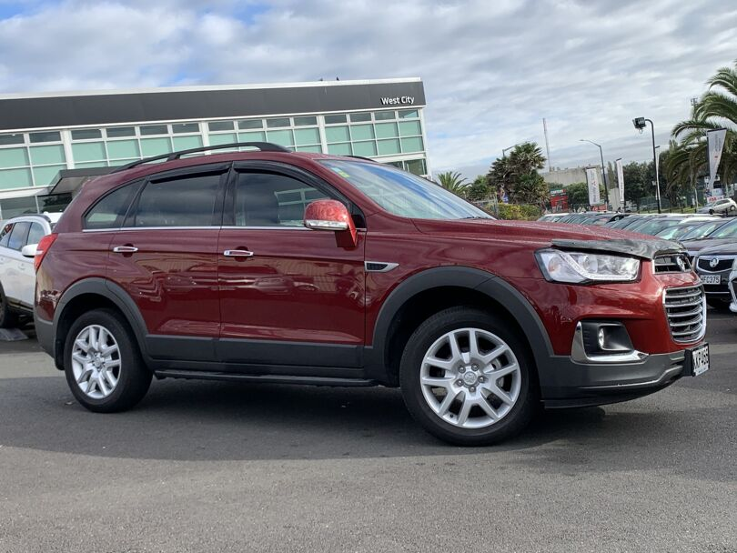 2017 Holden Captiva 4
