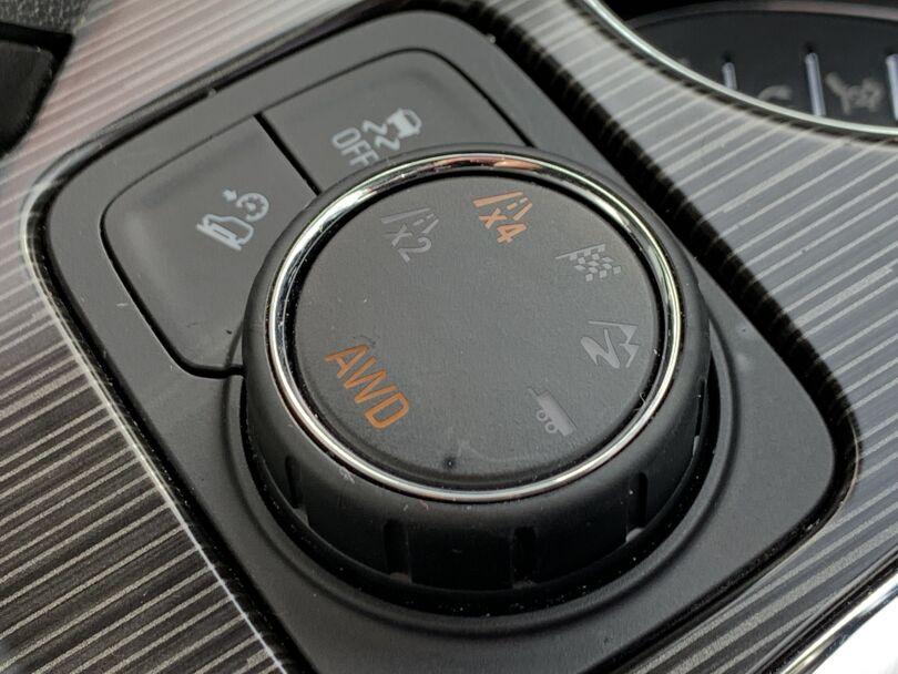 2019 Holden Acadia 11