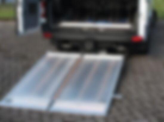 Tail Lifter 1_550x410
