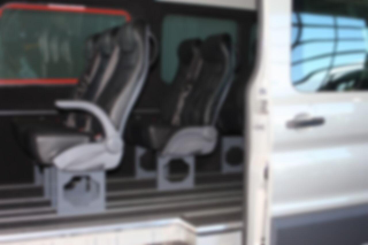 Tour Bus4