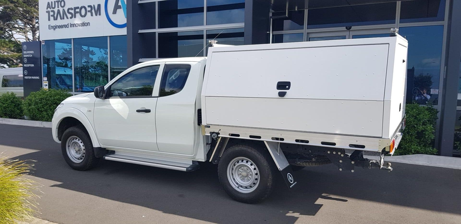 Industrial ute service body