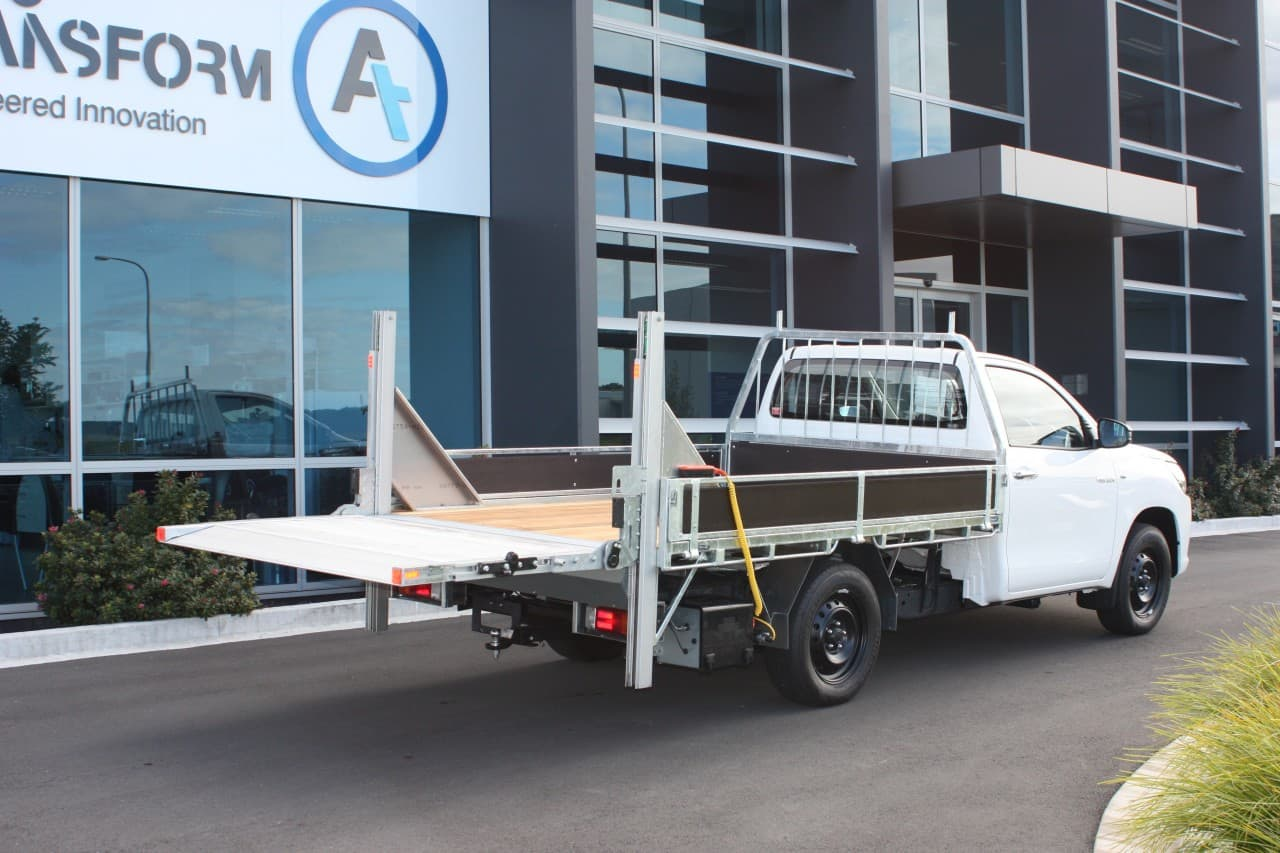 Commercial ute fitout with tail lifter attachment