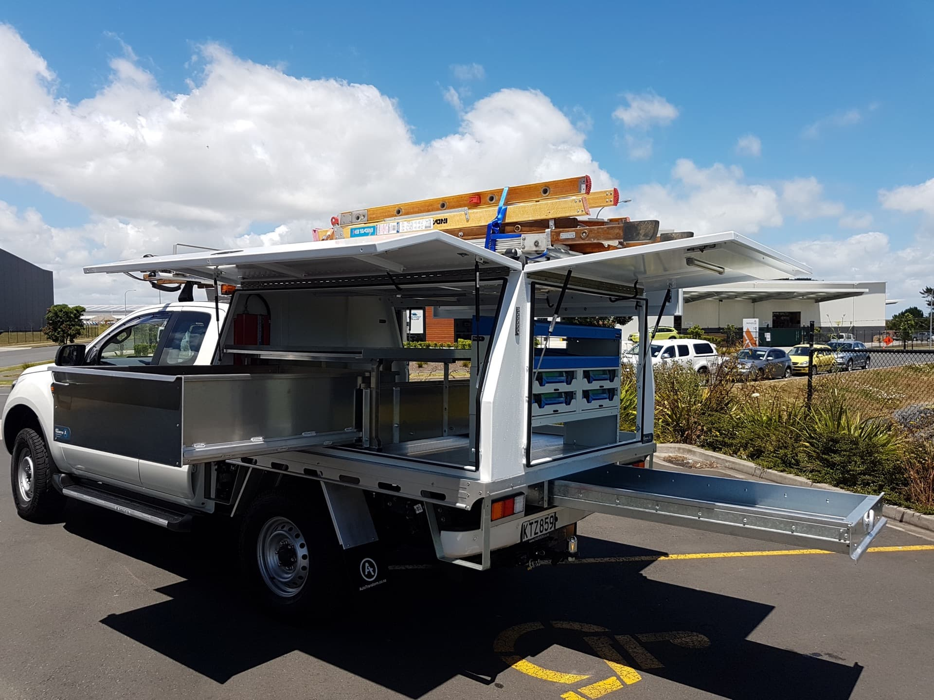 Custom ute service body fitout with large aluminium drawer