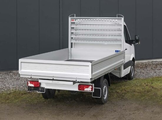 Truck sliding platform