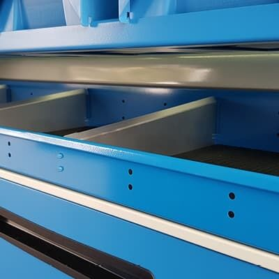 Tool drawers in commercial vehicle fitout