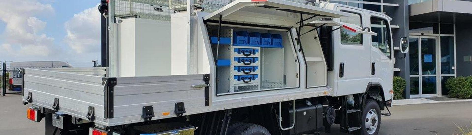 truck main_1920x550 1