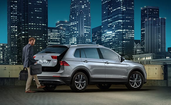 VW Tiguan Easy Open Boot