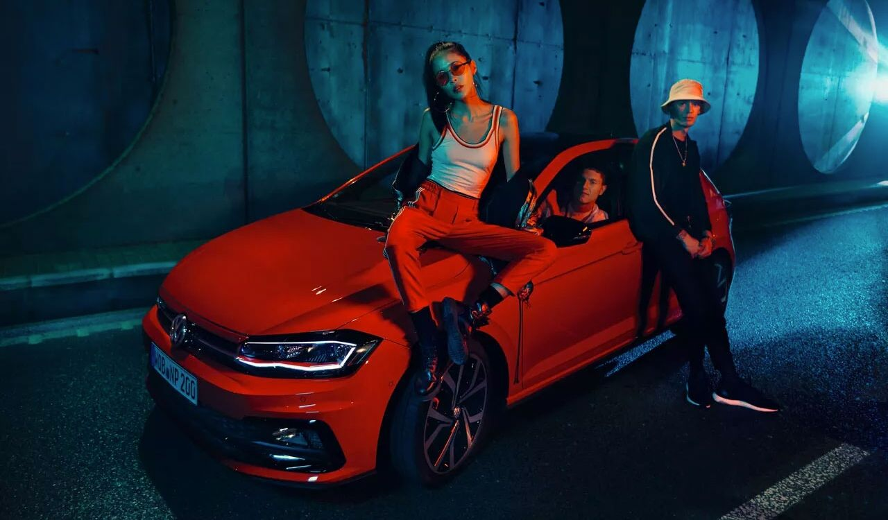 polo gti lifestyle people in tunnel