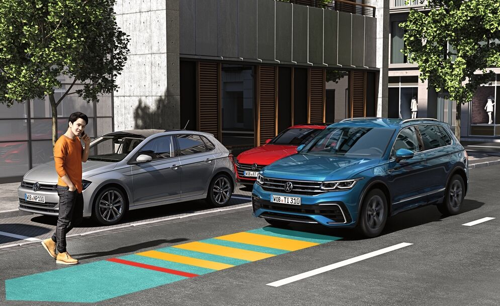 new tiguan automatic emergency braking with pedestrian monitoring