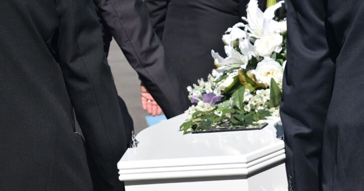 Choices to make PallBearers_725x380