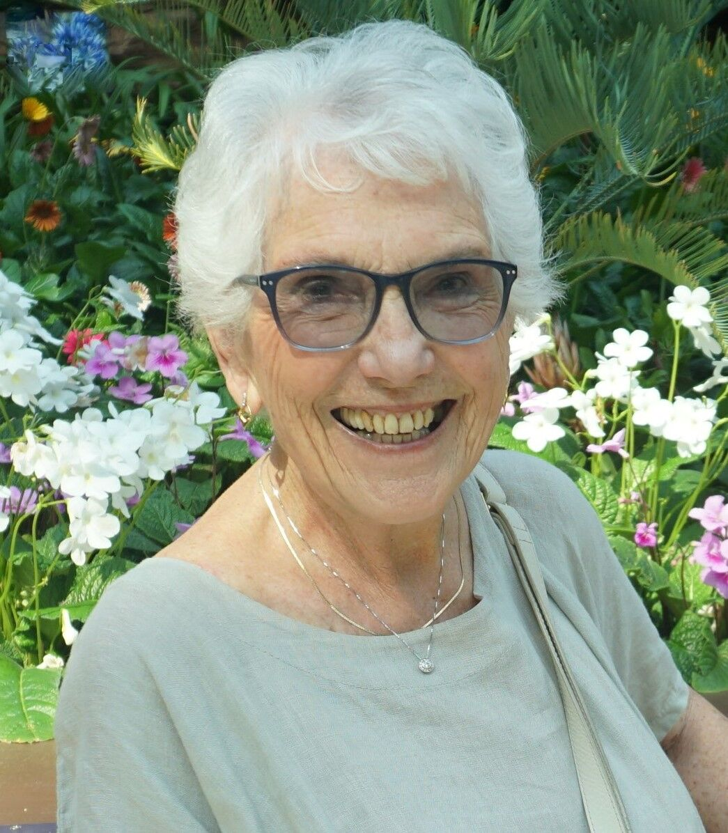 obituary maureen armstrong