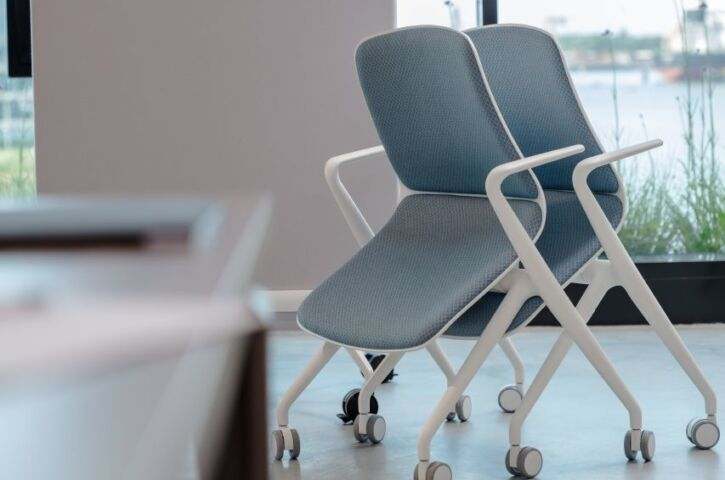 products_bowi_chair_insitu_3