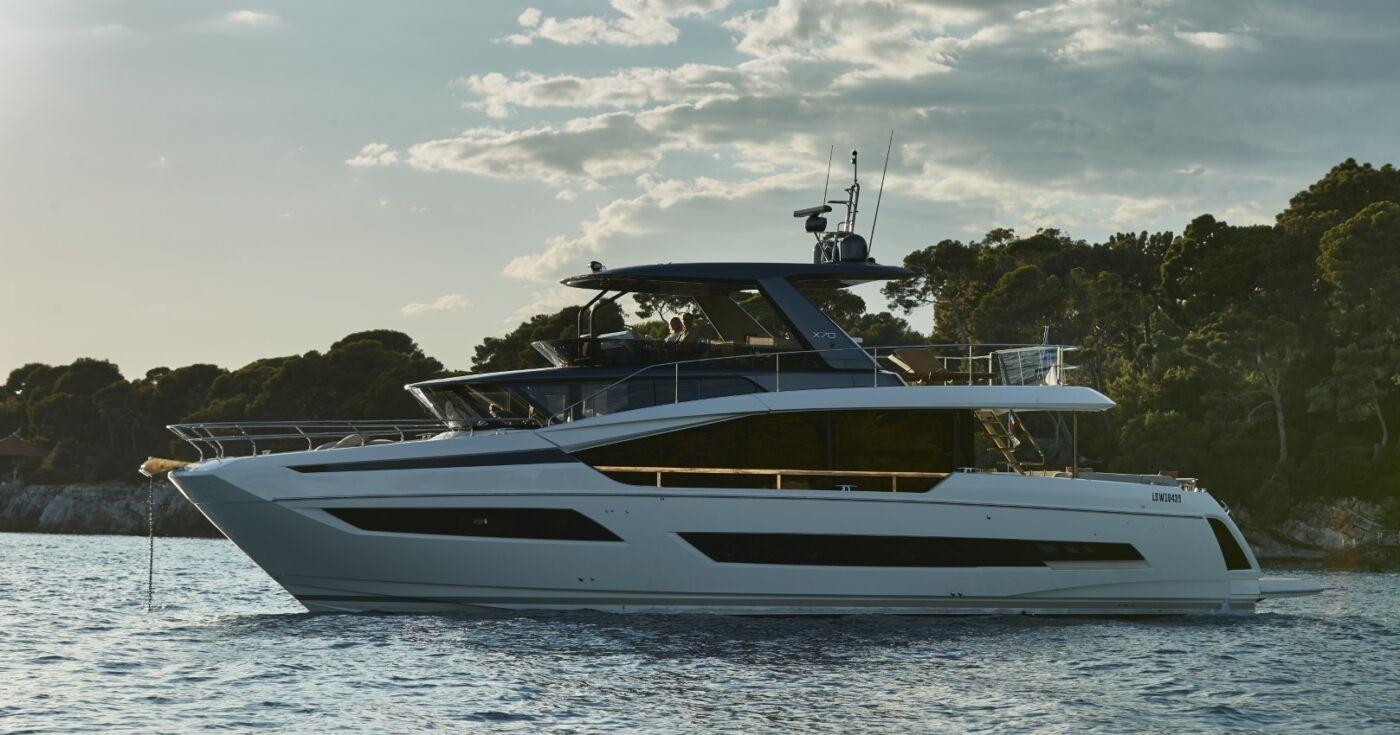 Prestige X70 Yacht 4