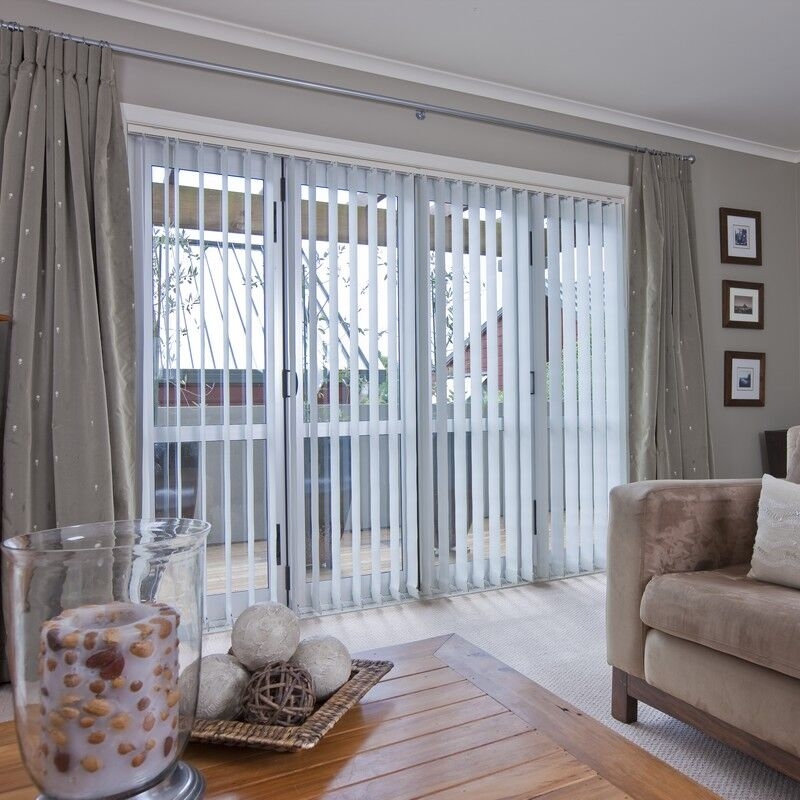 Vertical Blind featured