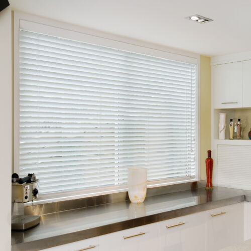 Evolution PVC Venetian blind Painted Venluree