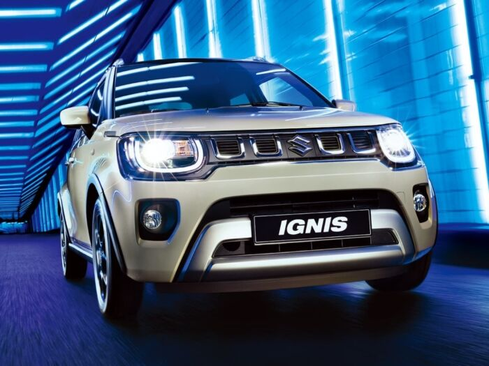ignis driving in tunnel blue